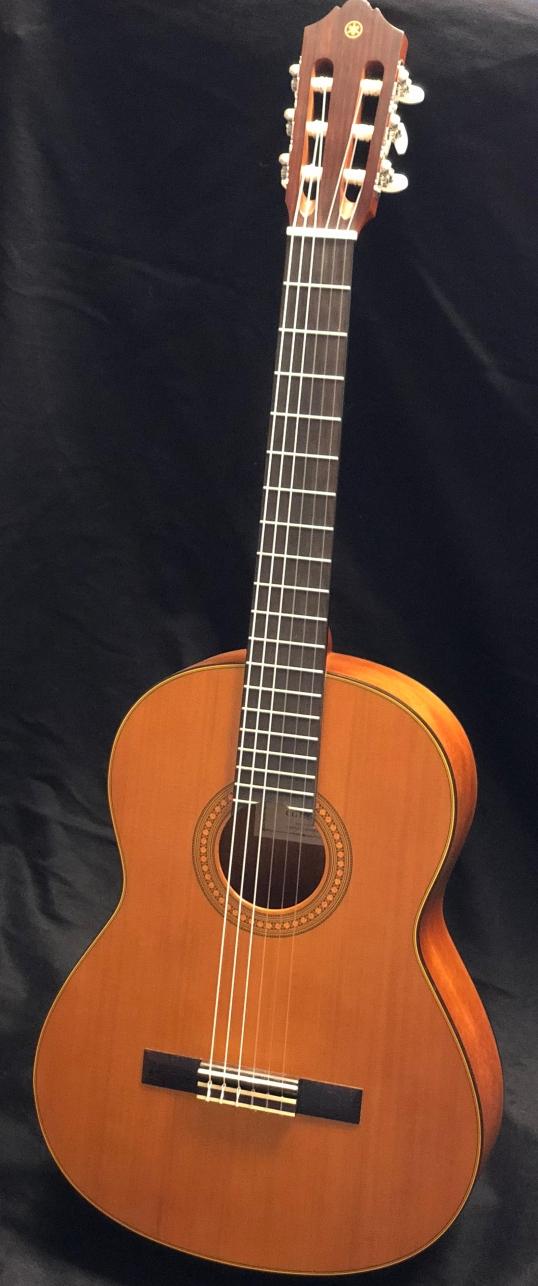 Yamaha C122 front